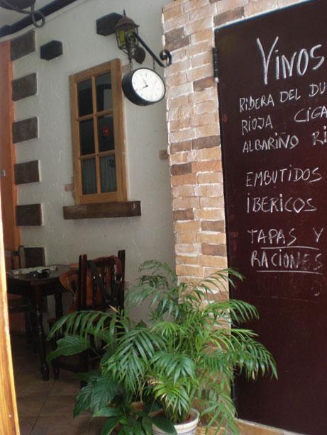 English text further down! Restaurante tapas bar El Callejón, El Medano, Granadilla de Abona Te apetece un Montadito de Solomillo de Cerdo con Crema de Queso Cabrales y Tomate dulce? […]