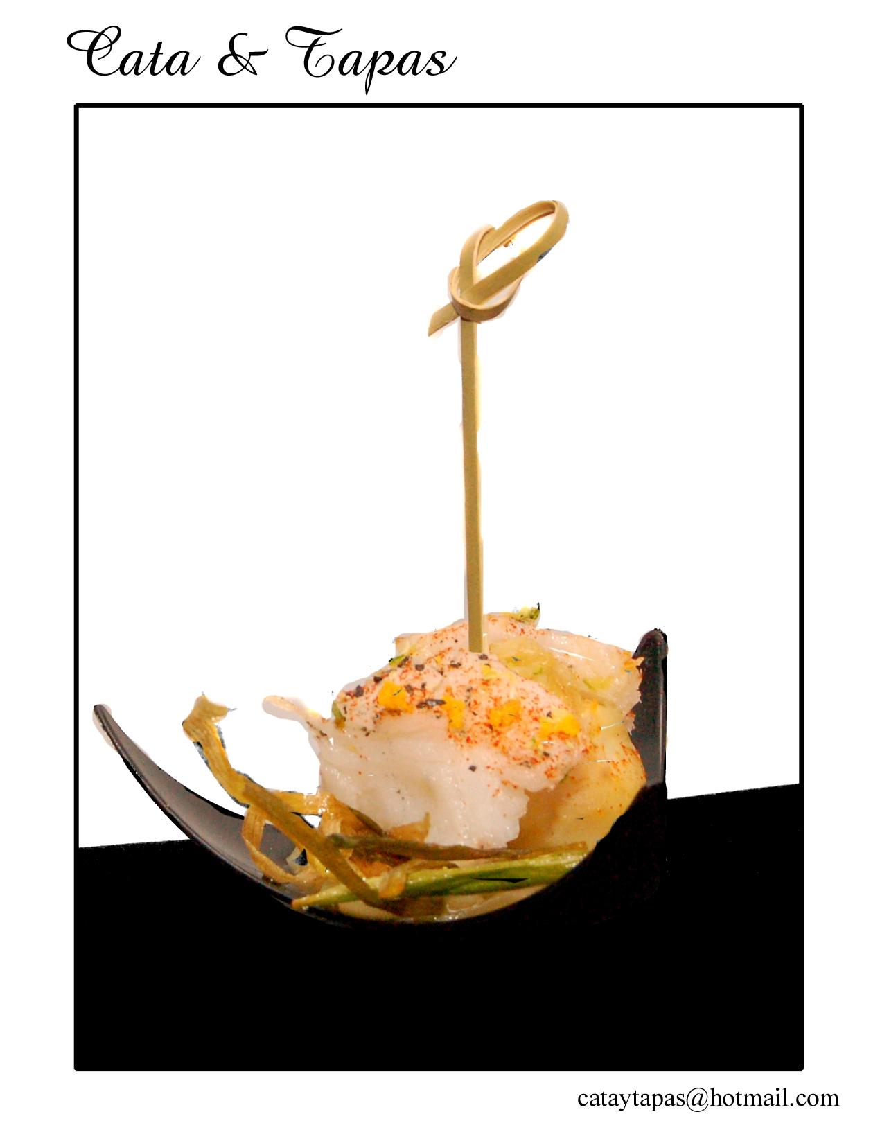 Tenerife Dining Eventos: Algunas fotos de ambiente de la Cata y Maridaje de Plata y Oro organizado por Cata & Tapas en Ecade restaurante, el pasado 2 de octubre 2010. […]