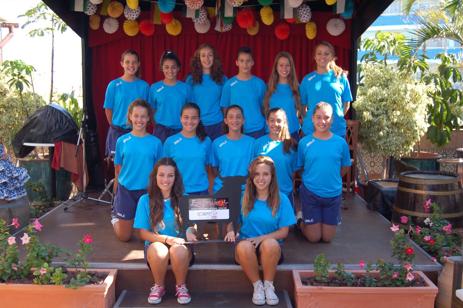 El BMLC Cadete Femenino de Balonmano visita el Restaurante Embrujo El equipo cadete femenino de balonmano Club Deportivo BMLC Los Cristianos visitó a su patrocinador El Restaurante Embrujo de la […]